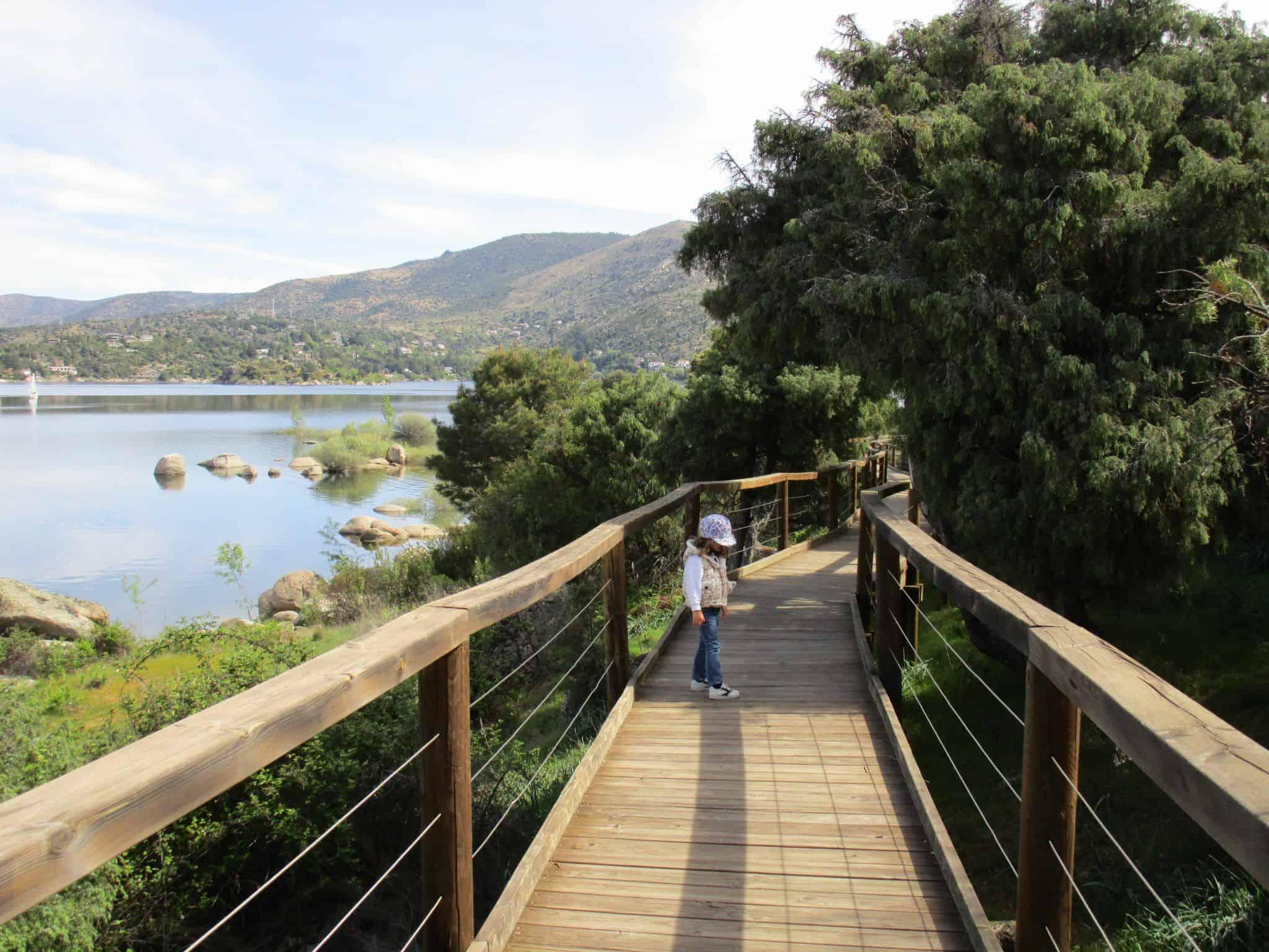 La senda accesible nace en la Casa del Parque.