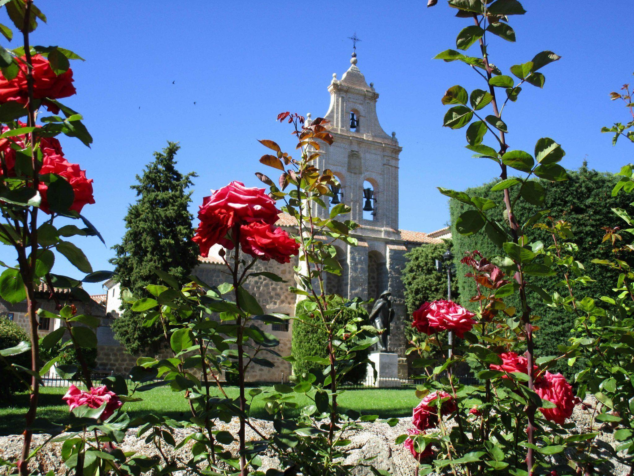 El convento de La Encarnación con los niños