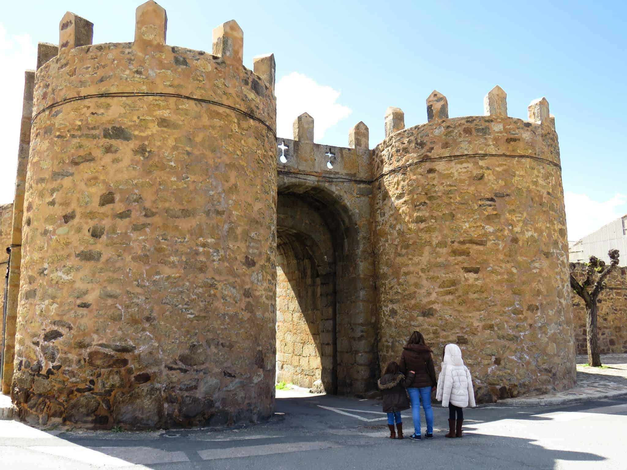 El Barco de Ávila. puerta de el ahorcado