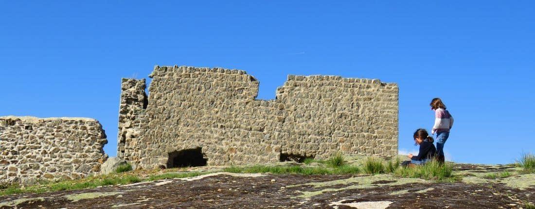 El Castillo de El Mirón