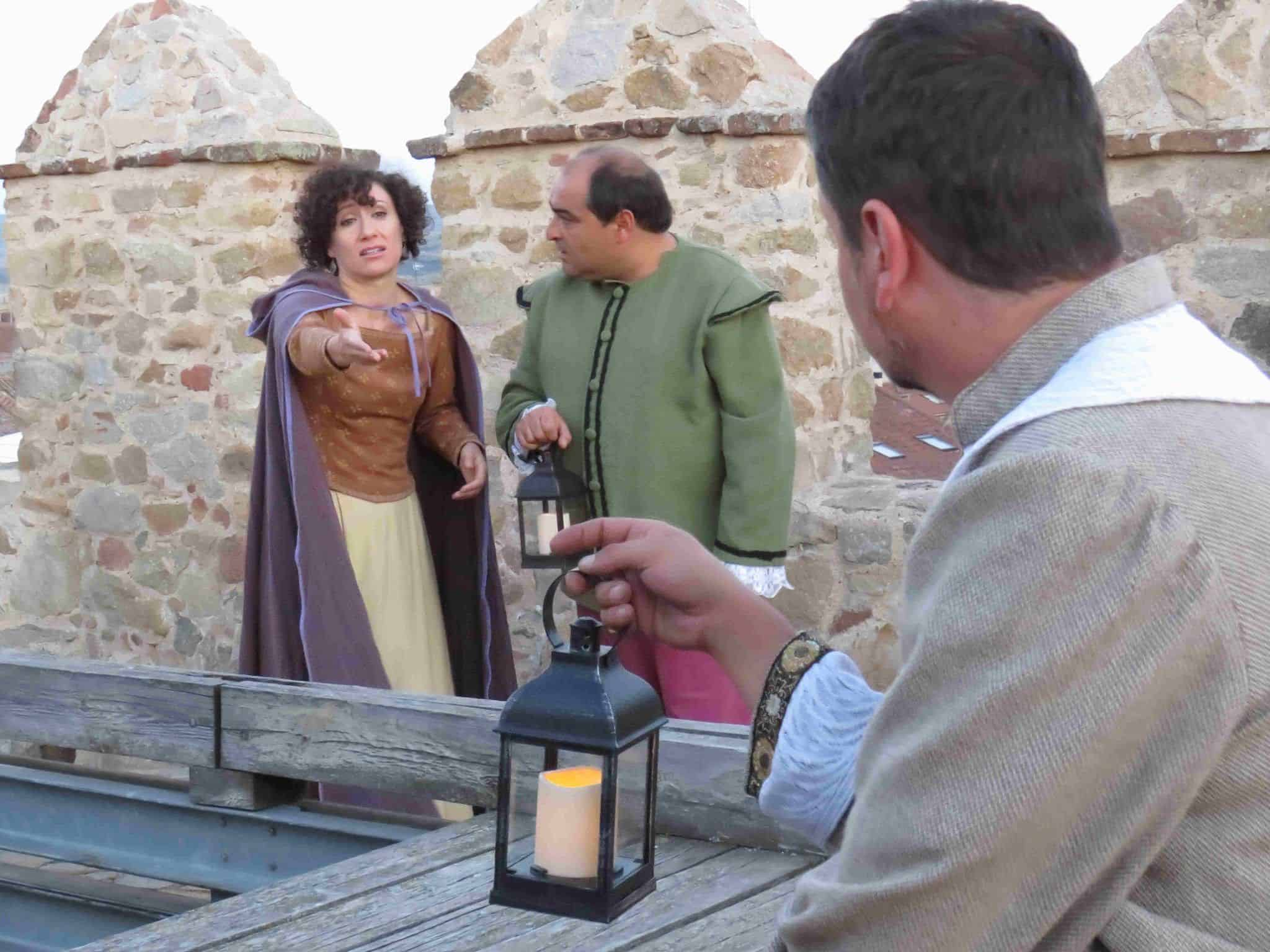 Visita nocturna a la muralla de Ávila