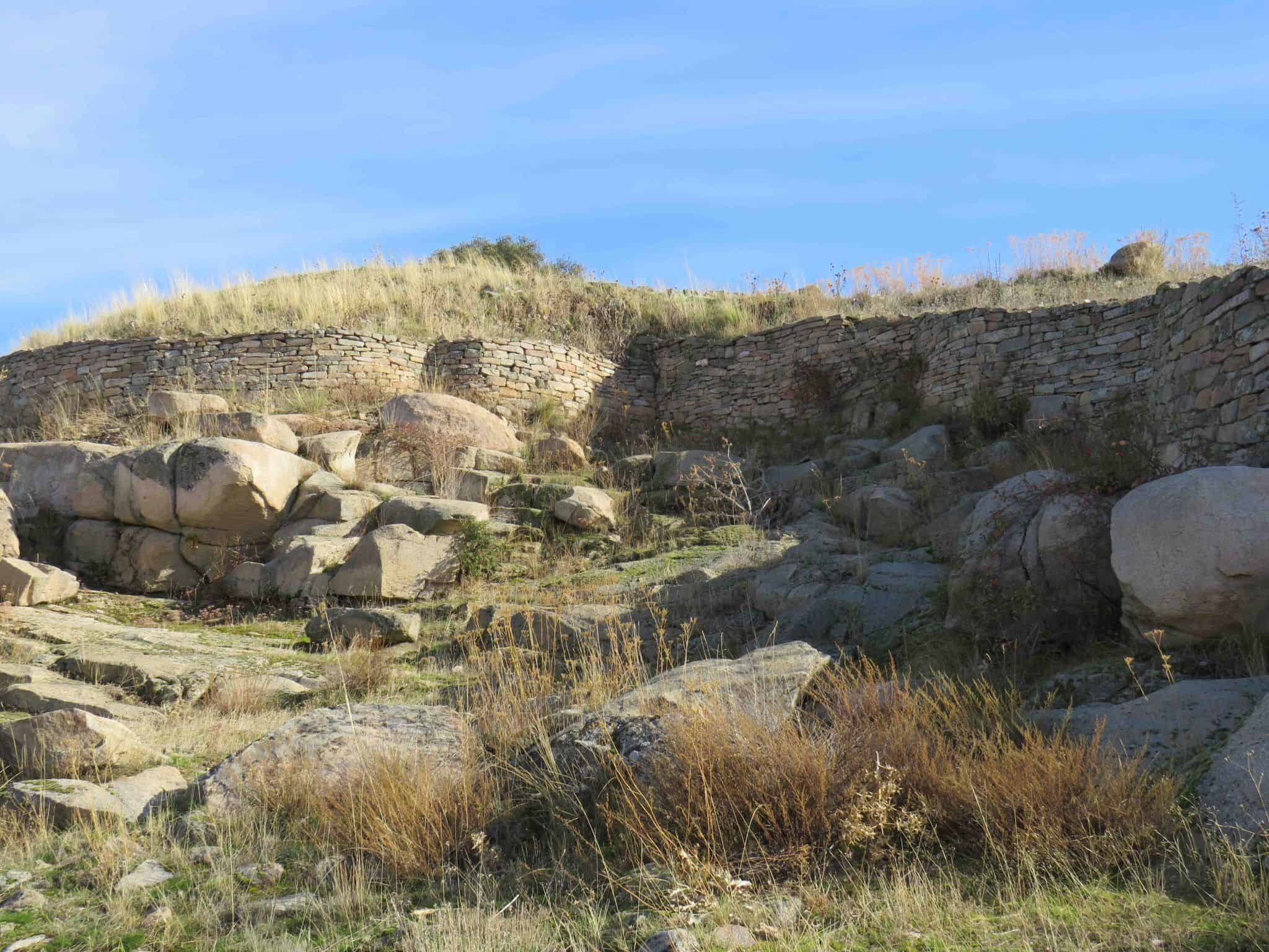 muralla del castro de las cogotas