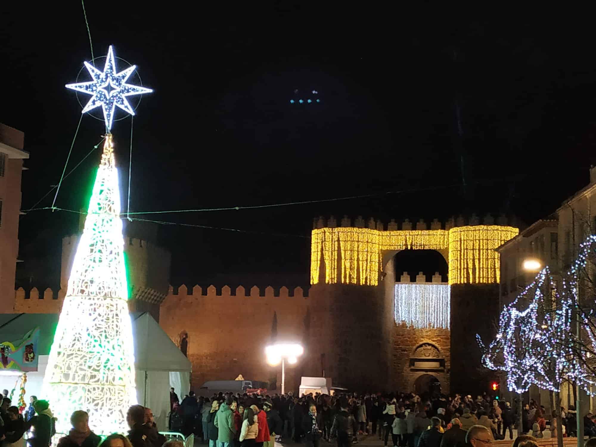 Grande iluminado Navidad
